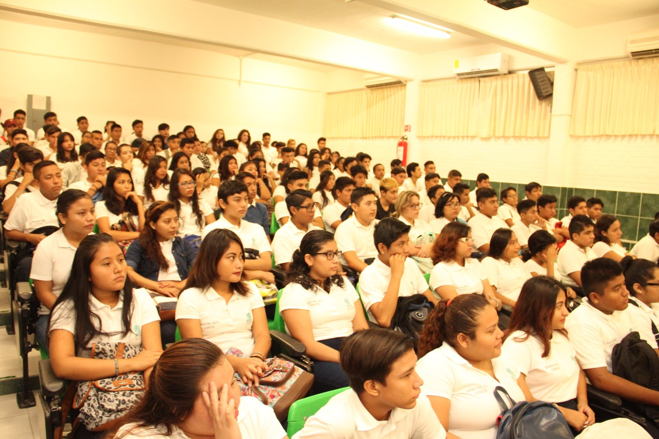 Bachilleres-Cobach-Cancun2.jpg